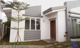 2 Bedrooms Villa For Sale