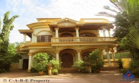 Splendid 8 Bedrooms Villa For Sale