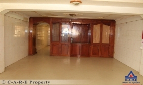 6 Bedrooms Flat For Sale