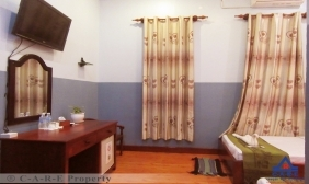 11 Rooms Boutique For Sale