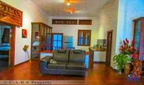 Six Bedroom House For Rent