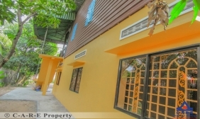 4 Bedrooms Wooden House For Rent