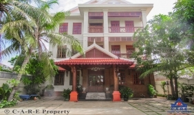 11 Rooms Guesthouse For Rent